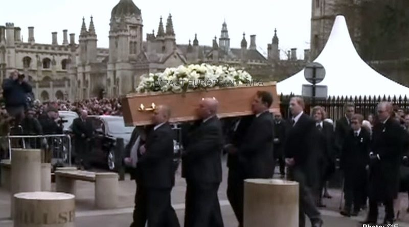 Celebrities with the funeral of Stephen Hawking to Cambridge