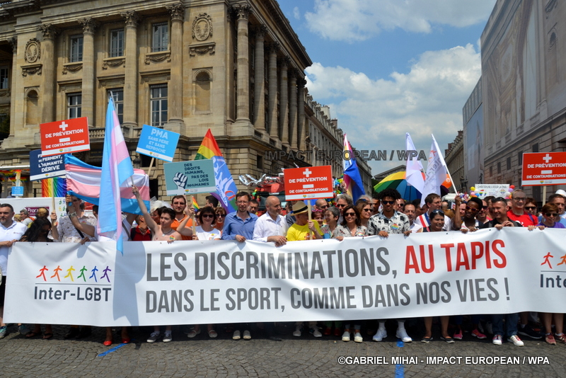 "Paris, the walk of the prides solidarity: for the equal rights, ""discriminations with the carpet"""