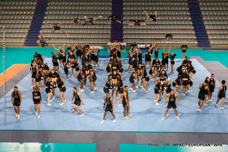 Cheerleading with the Gay Games Paris 2018