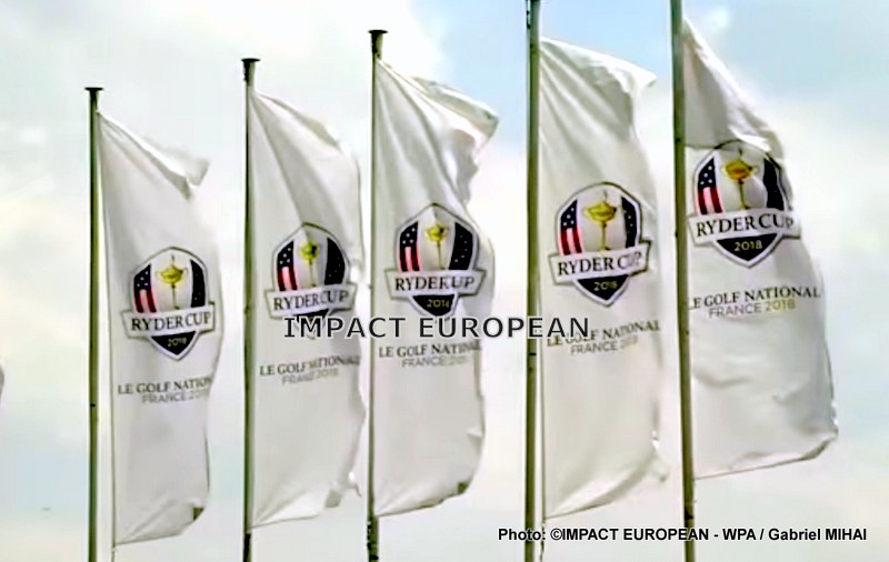 Caddies and clubs have appointment on the practice of the National Golf for the 42ème Ryder Cup