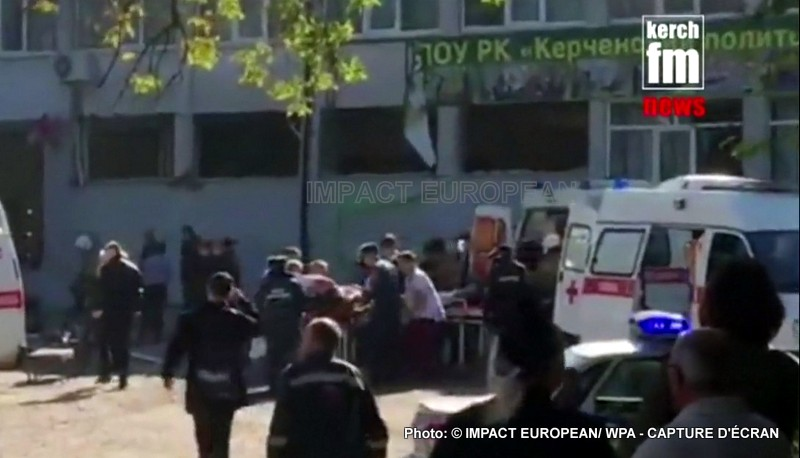 The Crimea: Carnage in a college at least 17 deaths by balls and more than 40 wounded