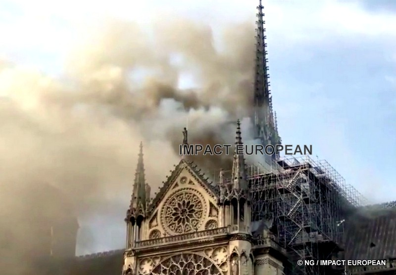 Notre-Dame:  Paris touched in full heart by the flames, the whole world under shock